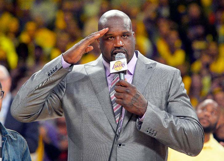 15 Times Shaq Made Things Look Really Small_1