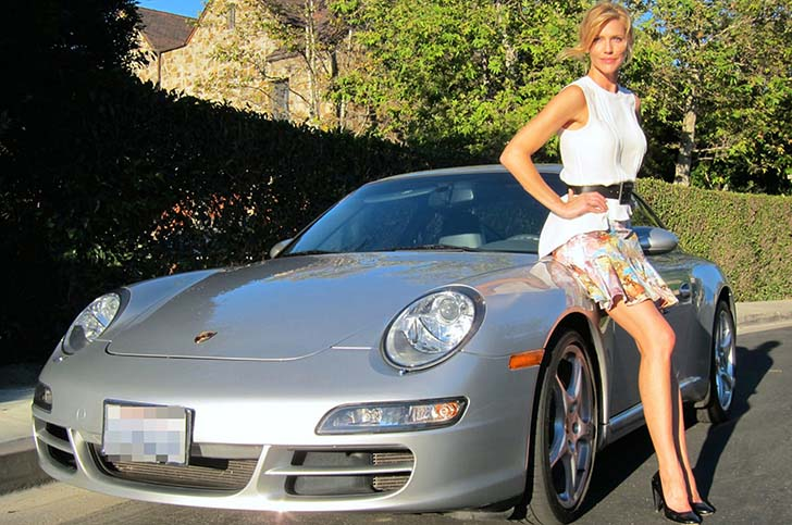 17 Female Celebrities Who Drive The Most Luxurious Cars In The World_1