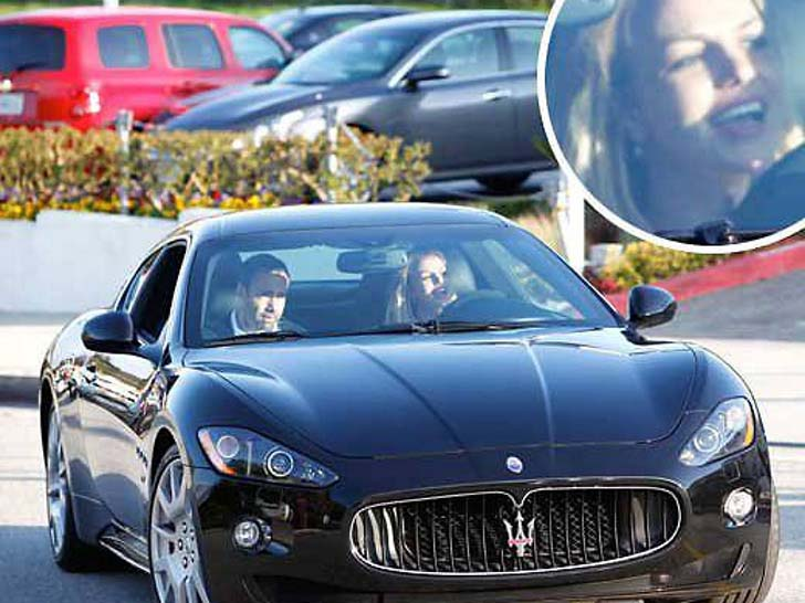 17 Female Celebrities Who Drive The Most Luxurious Cars In The World_18