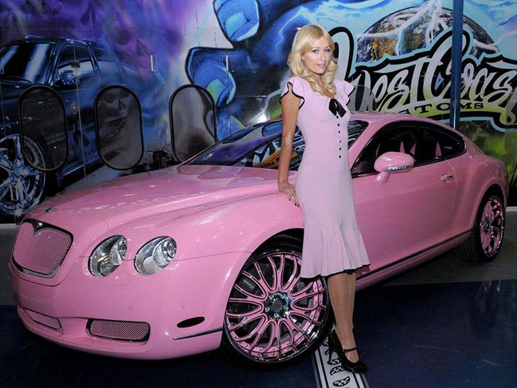 17 Female Celebrities Who Drive The Most Luxurious Cars In The World_9
