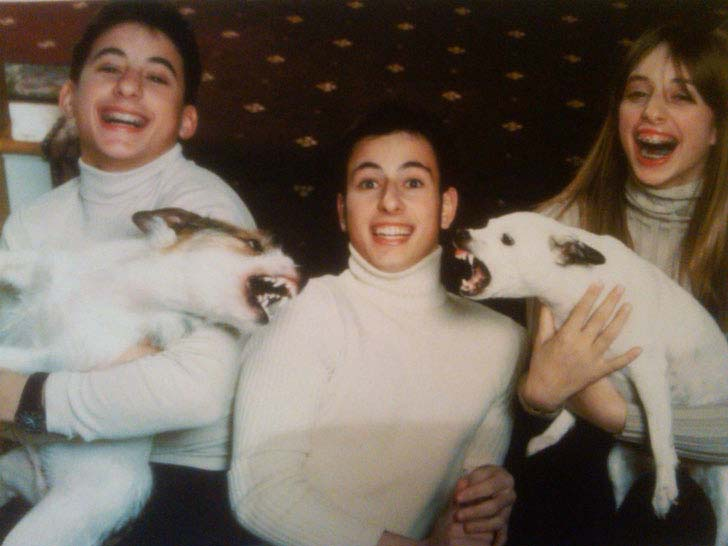 20 Hilarious Family Photos On Earth_1