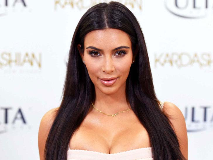 24 Pictures That Show The Amazing Beauty Evolution of Kim Kardashian_1