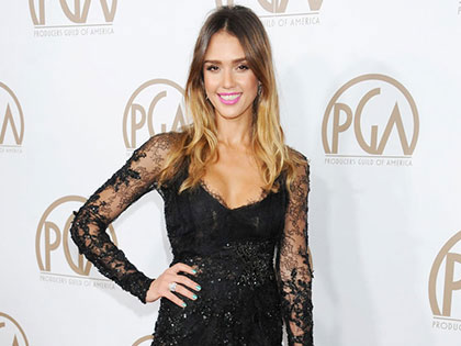 Top 11 Gorgeous Jessica Alba Fashion Moments