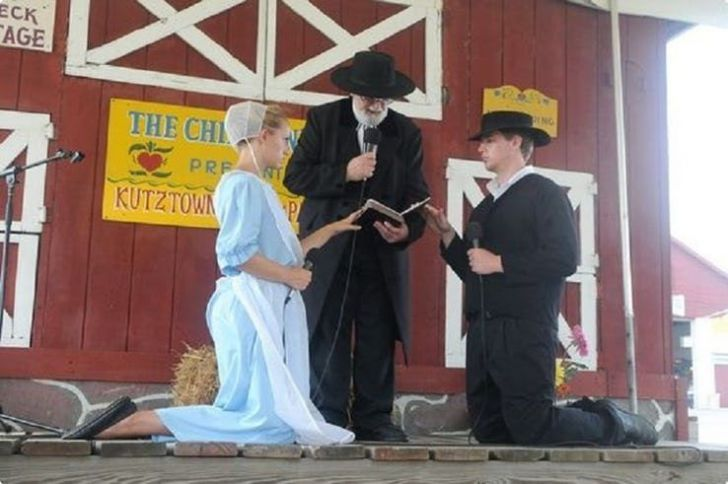 18 Unexpected Facts About The Amish That'll Make Your Skin Crawl_11