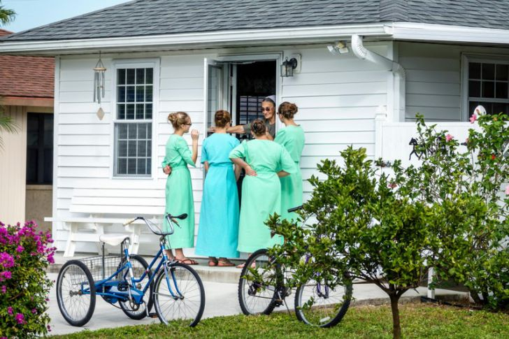 18 Unexpected Facts About The Amish That'll Make Your Skin Crawl_13