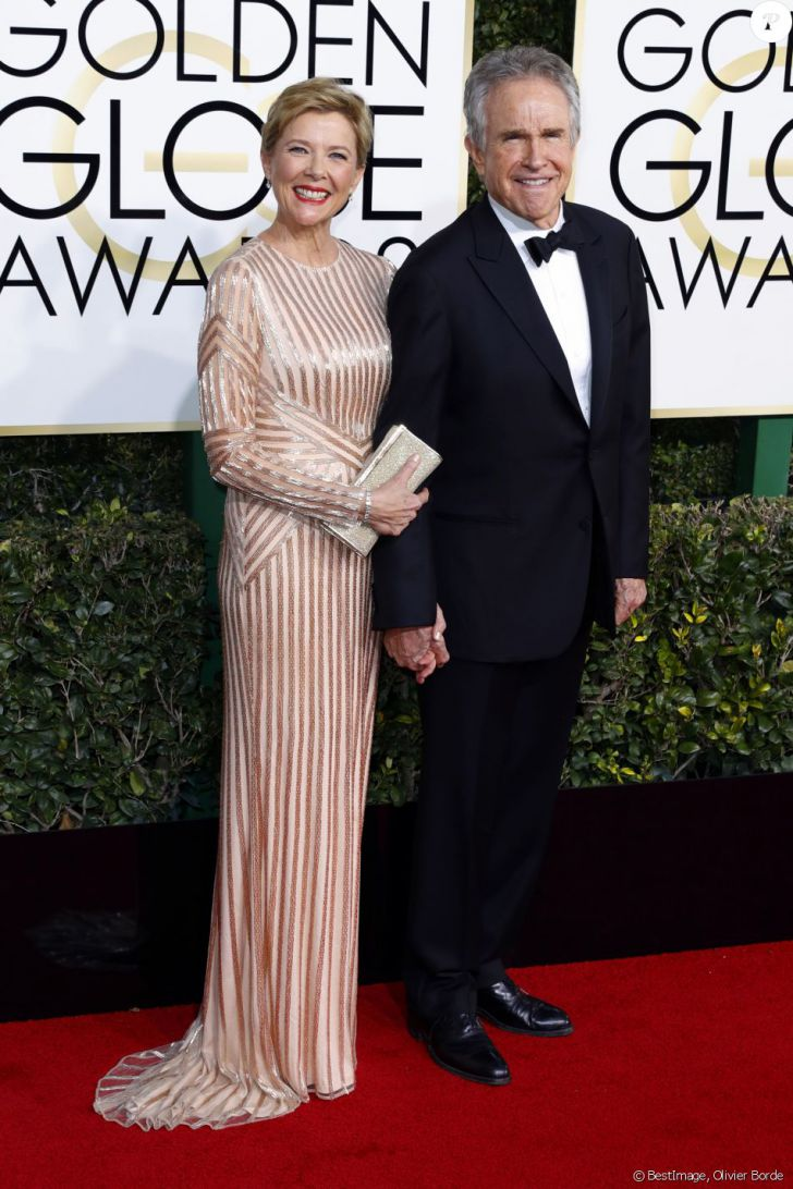 20 Stunning Couples Looks At The Golden Globes Of All Time_19