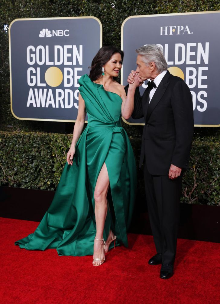 20 Stunning Couples Looks At The Golden Globes Of All Time_4