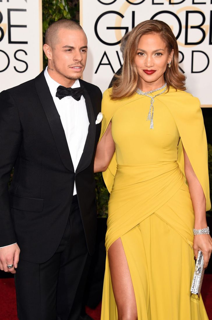 20 Stunning Couples Looks At The Golden Globes Of All Time_6