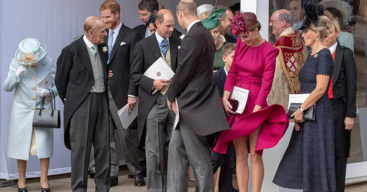 23 Hilarious Photos That Prove Kate Middleton Is Just Like Us_2