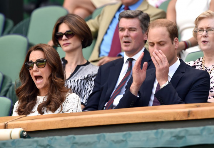 23 Hilarious Photos That Prove Kate Middleton Is Just Like Us_8