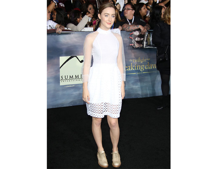 26-times-andquotlady-birdandquot-saoirse-ronan-stunned-the-red-carpet-with-perfect-styles_14