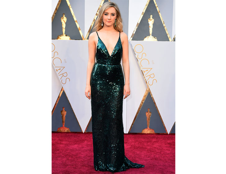 26-times-andquotlady-birdandquot-saoirse-ronan-stunned-the-red-carpet-with-perfect-styles_23