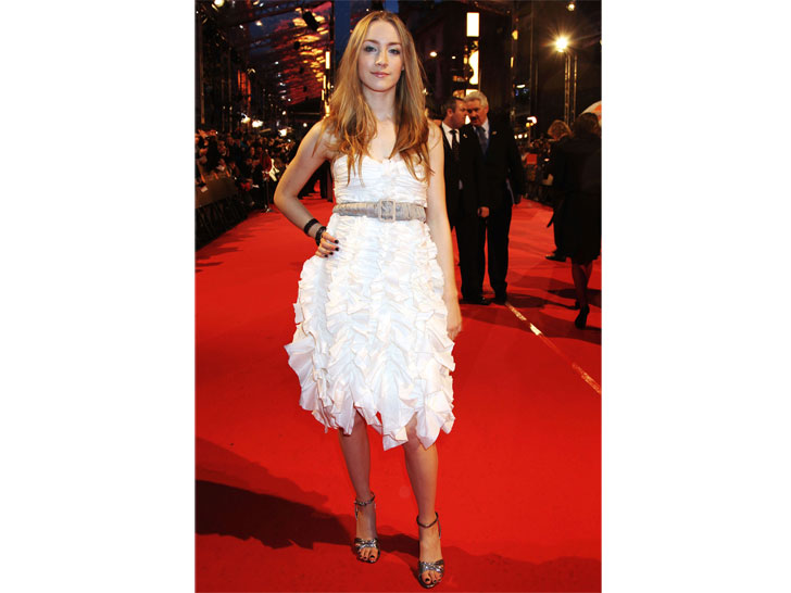 26-times-andquotlady-birdandquot-saoirse-ronan-stunned-the-red-carpet-with-perfect-styles_8