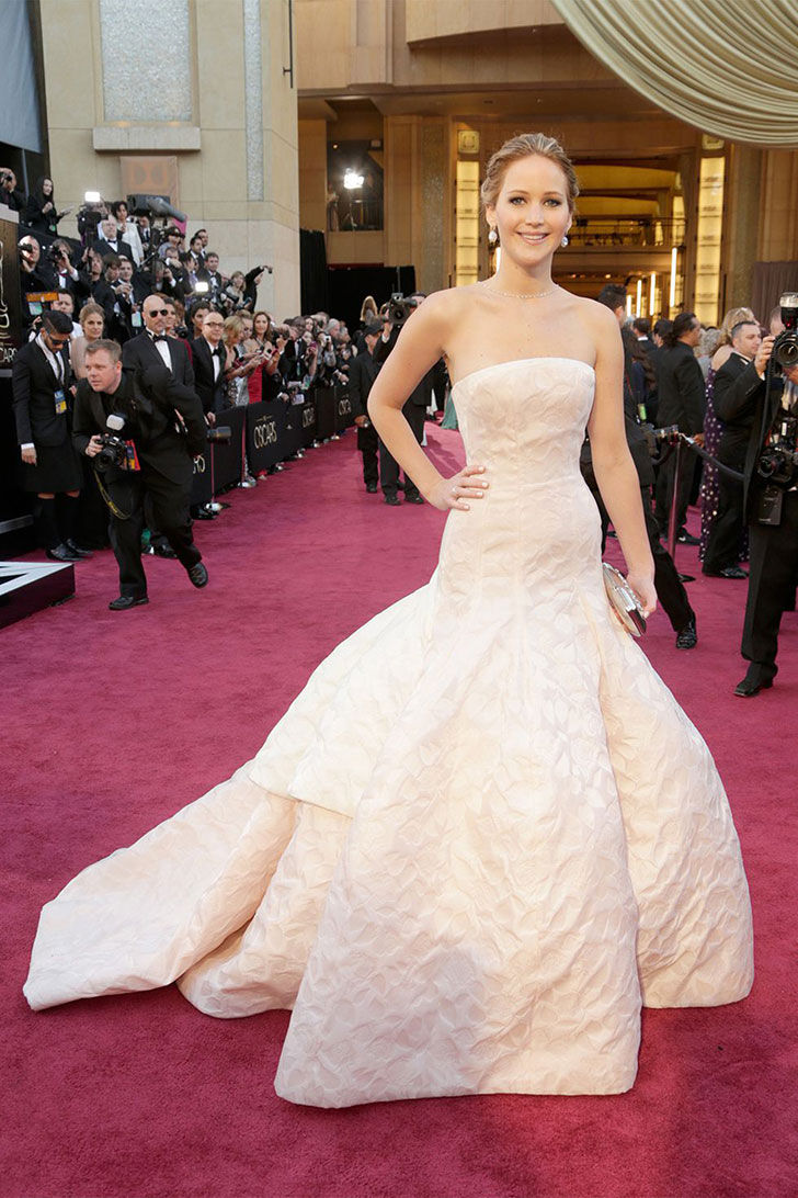 30-best-oscar-dresses-of-all-time_16