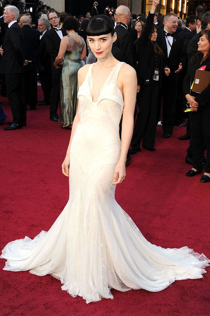 30-best-oscar-dresses-of-all-time_20