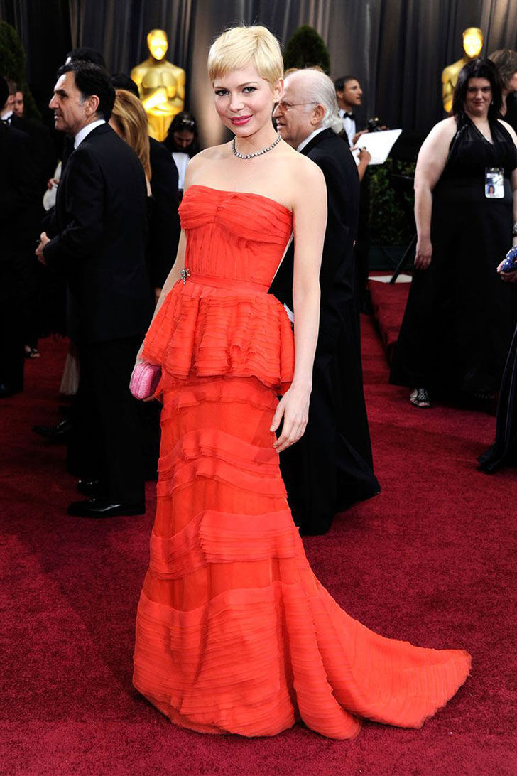 30-best-oscar-dresses-of-all-time_21