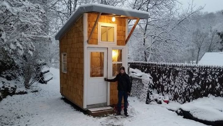 at-the-age-of-13-he-built-a-house-that-surprised-everyone-with-only-1500_13