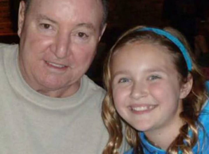 grandfather-works-for-a-decade-on-granddaughters-sweet-16-gift-her-reaction-isnt-what-he-expected_6