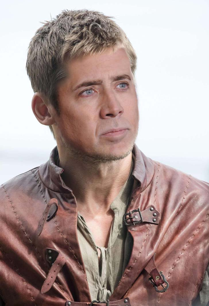 if-nicolas-cage-played-these-12-characters-in-game-of-thrones_6