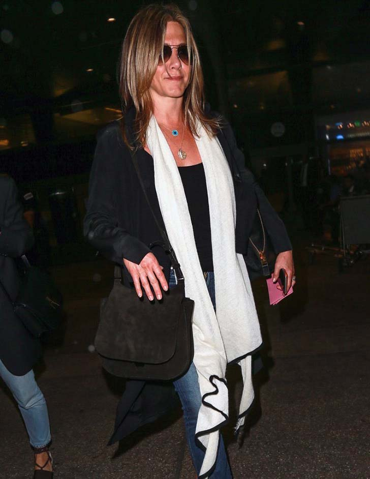 jennifer-aniston-style-15-of-her-best-fuss-free-fashion-looks_1