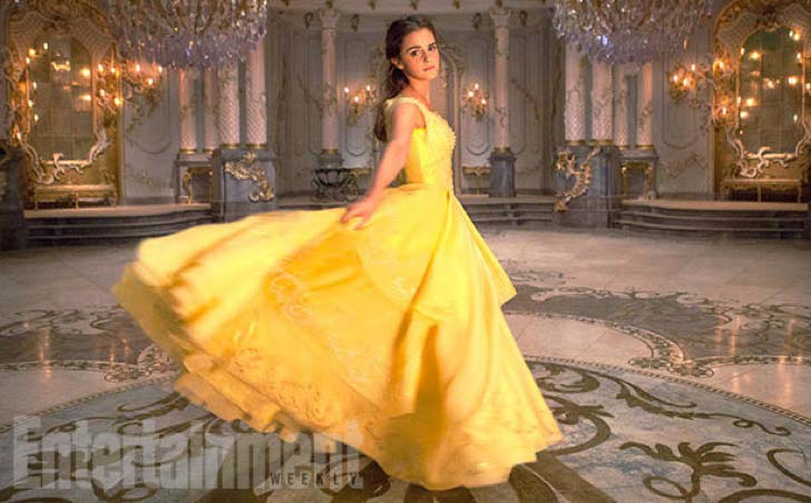 new-film-photos-remind-us-why-emma-watson-is-the-perfect-belle_9