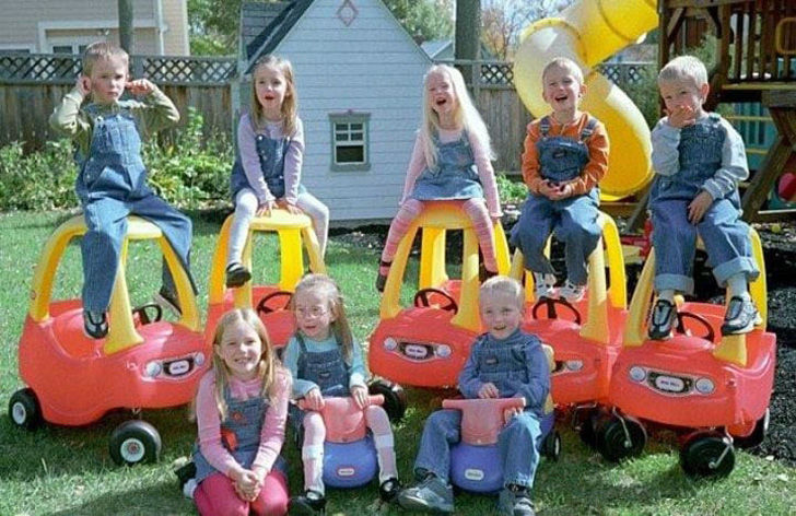 no-one-expected-what-would-become-of-the-worlds-first-surviving-septuplets_21