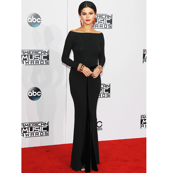 selena-gomez-style-evolution-from-disney-star-to-fashion-queen_18