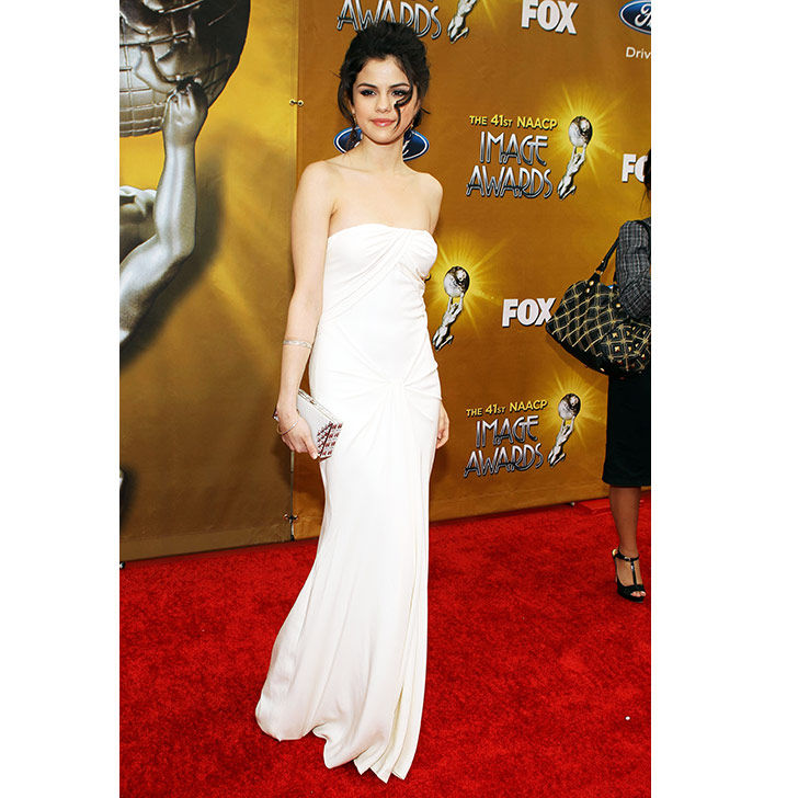 selena-gomez-style-evolution-from-disney-star-to-fashion-queen_8