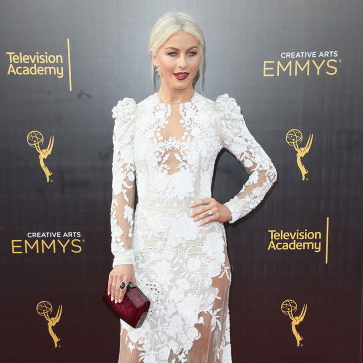 the-amazing-style-evolution-of-julianne-hough_18