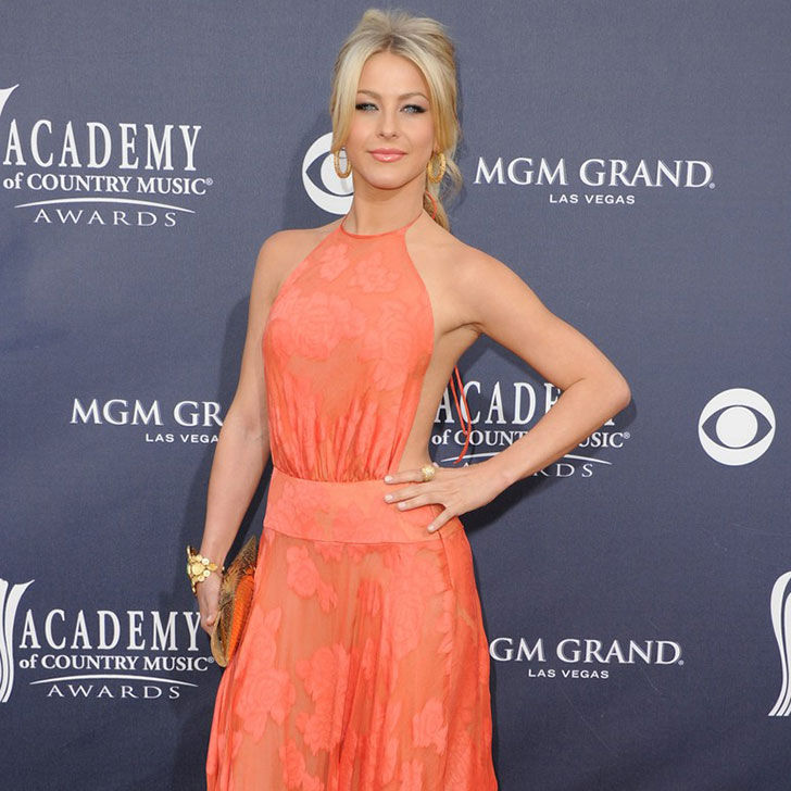 the-amazing-style-evolution-of-julianne-hough_6