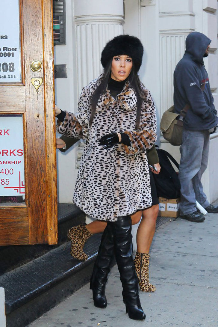 the-gorgeous-style-evolution-of-kourtney-kardashian_17