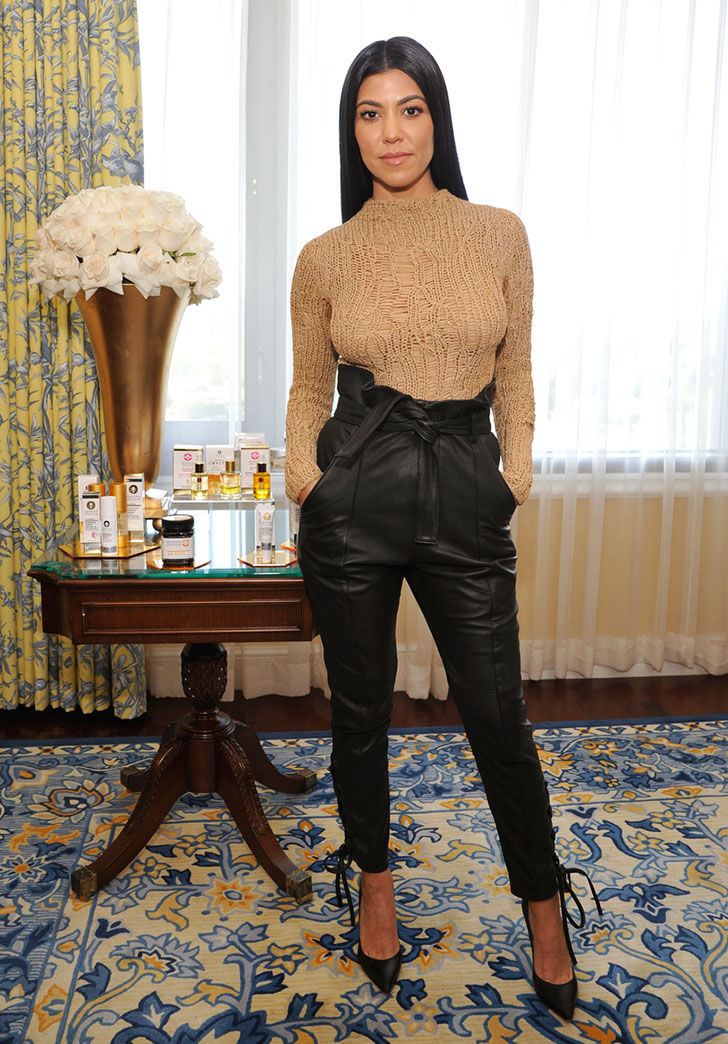 the-gorgeous-style-evolution-of-kourtney-kardashian_39