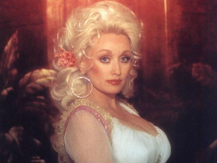 the-stunning-transformation-of-dolly-parton-over-50-years_8