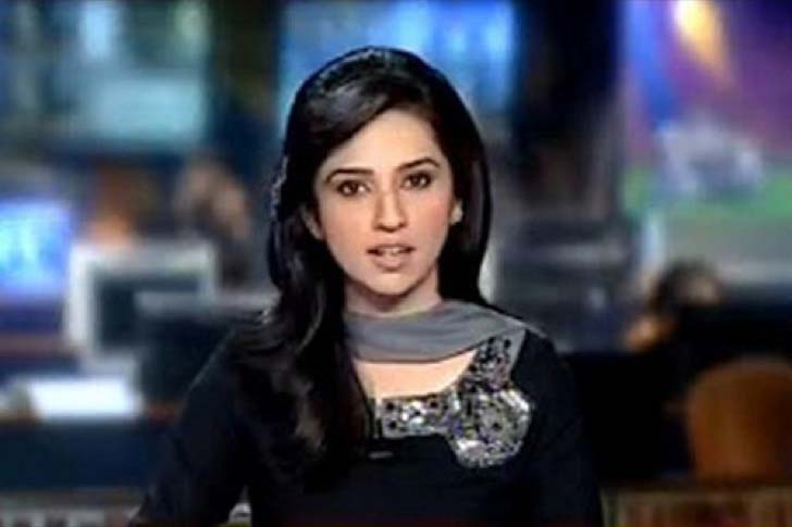 these-65-news-anchors-who-will-make-your-jaw-drop_27