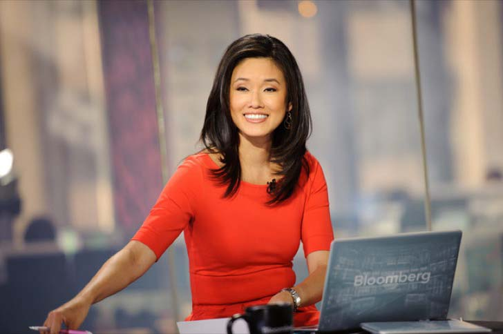 these-65-news-anchors-who-will-make-your-jaw-drop_44