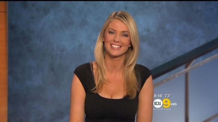 these-65-news-anchors-who-will-make-your-jaw-drop_58