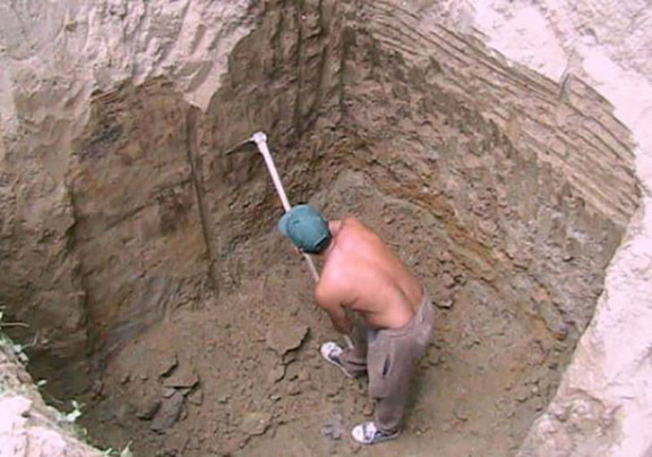 this-guy-became-the-envy-of-the-neighborhood-after-digging-a-hole-in-his-yard_5