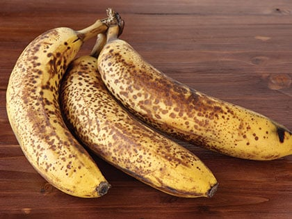 14 Surprising Things Banana Peels Can Do For You