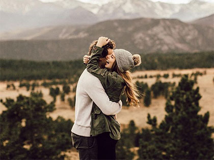 15 Ways To Get A Guy To Like You