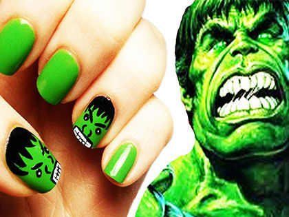 8 Wonderful Superhero Nail Art Ideas