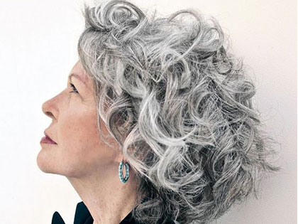 Grey Hair Style: A Godsend For You To Age Gracefully