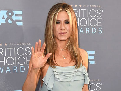 Jennifer Aniston Style: 15 Of Her Best Fuss-Free Fashion Looks
